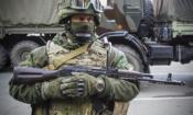 Поддерживаемый Россией сепаратист в Донецке, на востоке Украины, 29 октября 2015 года. (AP Photo/Max Black)
