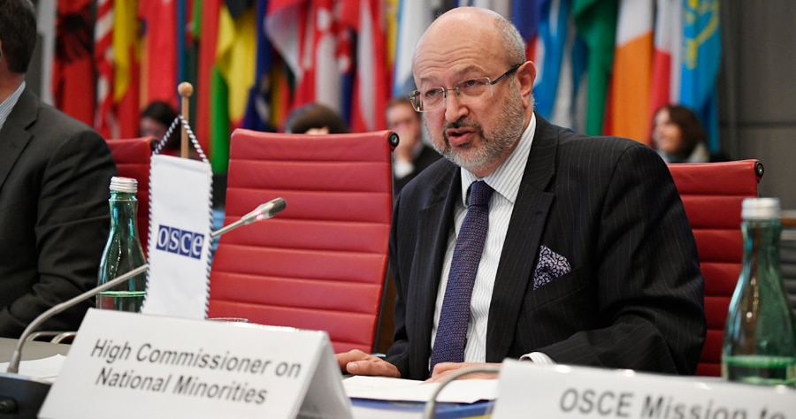 The OSCE High Commissioner on National Minorities, Lamberto Zannier, addressing the OSCE Permanent Council, Vienna, Austria, November 16, 2017. (USOSCE/Colin Peters)